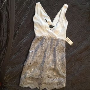Laundry by Shelli Segal cocktail dress size 0